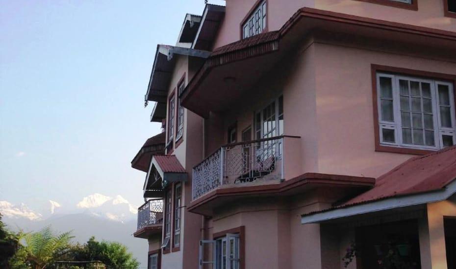 Ifseen Villa Pelling Rooms Rates Photos Reviews Deals